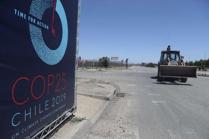 Sur le site qui devait accueillir la conférence pour le climat COP25, à Santiago, le 30 octobre.