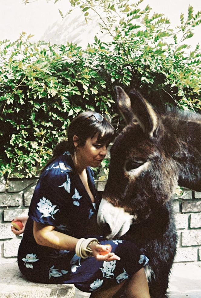Anne Israel et l'âne Hector.