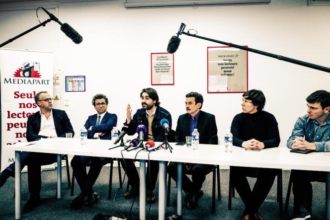 Conférence de presse à Mediapart le 4 février 2019 (au centre, Fabrice Arfi et Edwy Plenel).