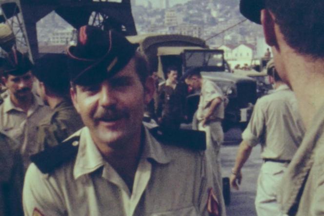 «La Guerre des appelés» est riche d'images tournées par les soldats français en caméra super-8.