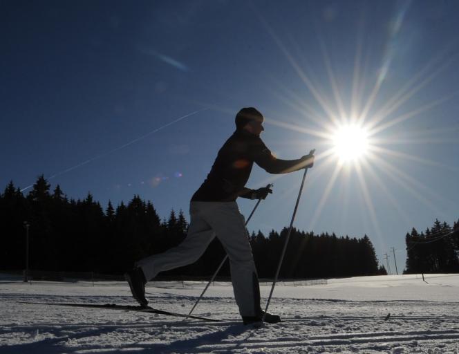 Skieur de fond : sous la surface glissante, le liquide est cent fois plus visqueux que l'eau.