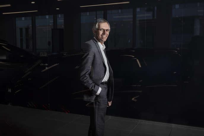 Carlos Tavares, patron de PSA, ici en avril à Paris,deviendrait directeur général du nouveau groupe formé par PSA et Fiat Chrysler.