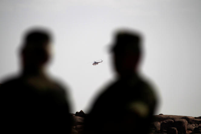 Un hélicoptère de la Minurso près de Tifariti, au Sahara occidental, en septembre 2016.