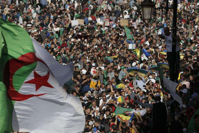 Manifestation en Algérie contre le régime, le 1er novembre 2019, à Alger.