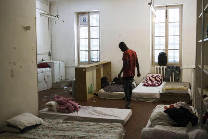 Le squat Saint Just, occupé par de jeunes migrants, à Marseille, en octobre 2019.