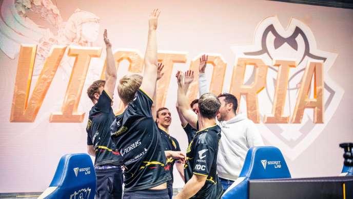 Solidaires et résilients, les G2 Esport se sont qualifiéspour la première finale de leur histoire aux mondiaux de LoL.