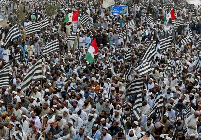 Manifestations deJamiat Ulema-e-Islami-Fazal, à Islamabad, le 3 novembre.