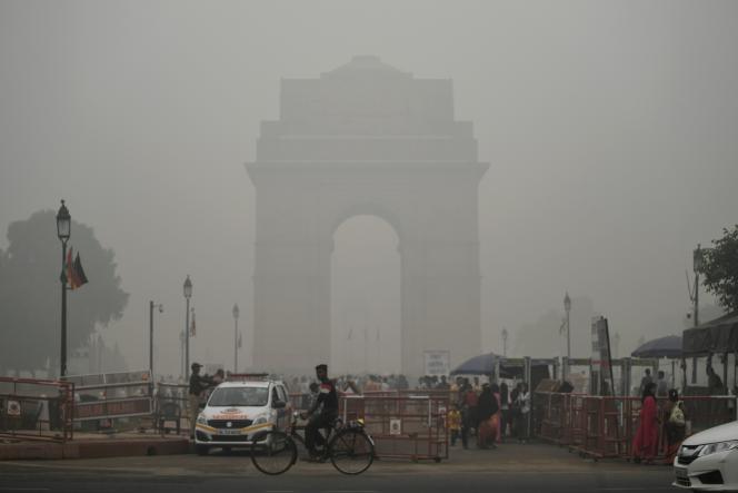 Le monument de la Porte de l'Inde, à New Delhi, dimanche 3 novembre.