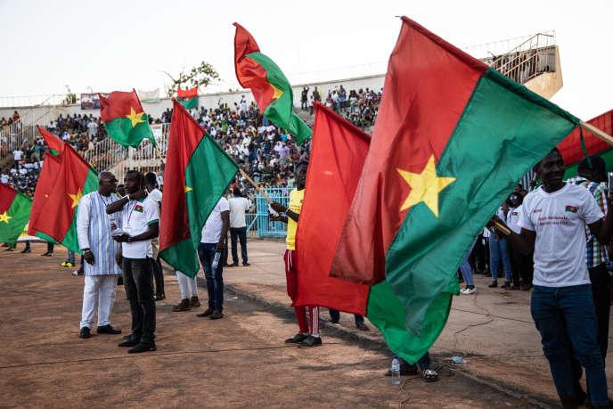 Lors d'une manifestation de soutien des forces de sécurité burkinabées au Stade municipal de Ouagadougou, le 26 octobre 2019.