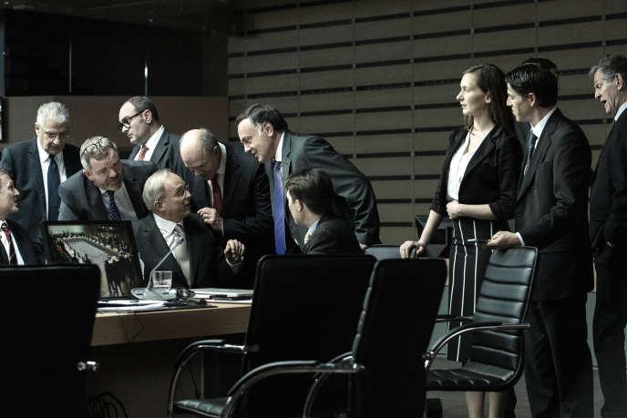 Des dirigeants européens lors d'un réunion dans «Adults in the Room», de Costa-Gavras .