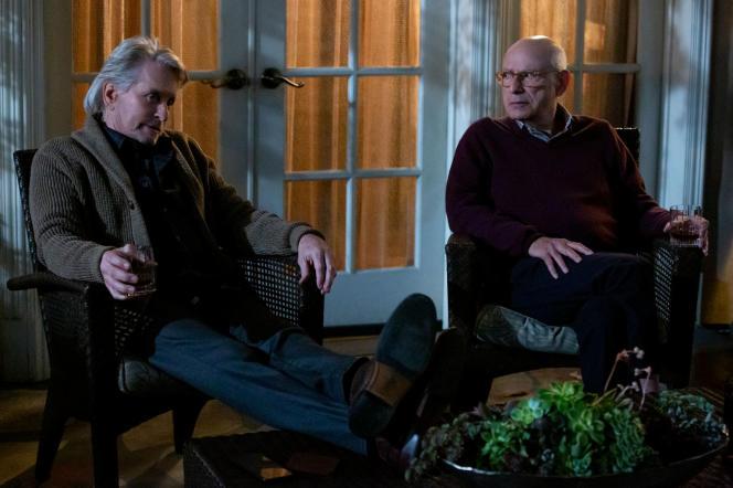 Michael Douglas (Sandy) et Alan Arkin (Norman), complices dans « The Kominsky Method».