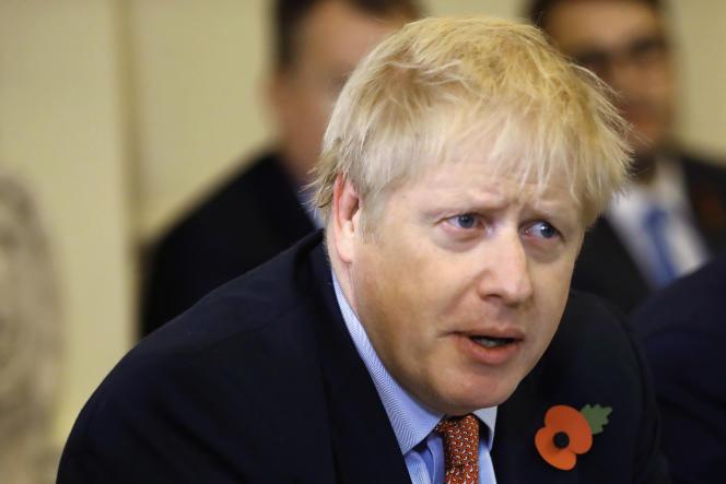 Le premier ministre britannique Boris Johnson, lors d'une réunion au 10 Downing Street, le 5 novembre.