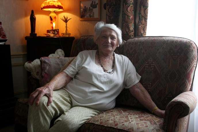 La resitante et ancienne déportée Yvette Lundy, à Reims, en juin 2012.