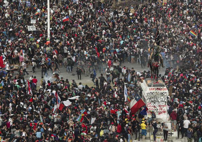 Une manifestation à Santiago, le 4 novembre 2019.