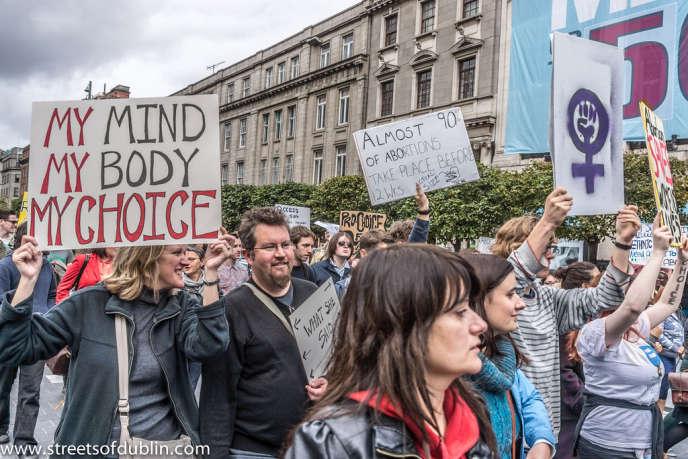 Lors d'une marche pour le droit à l'avortement, à Dublin, en septembre2012.