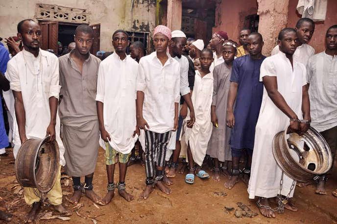 Le 26 septembre 2019, dans le nord du Nigeria, 300 jeunes de différentes nationalités retenus prisonniers enchaînés dans des centres d'étude islamique avaient été libérés par la police nigériane. Les autorités ont procédé à plusieurs actions de libération de ce type depuis la rentrée.