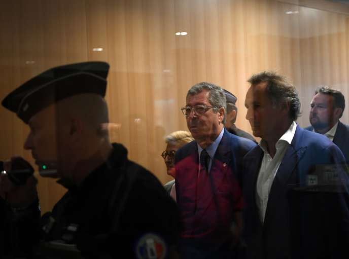 Patrick Balkany arrive au tribunal correctionnel de Paris le 13 septembre, avant son incarcération.