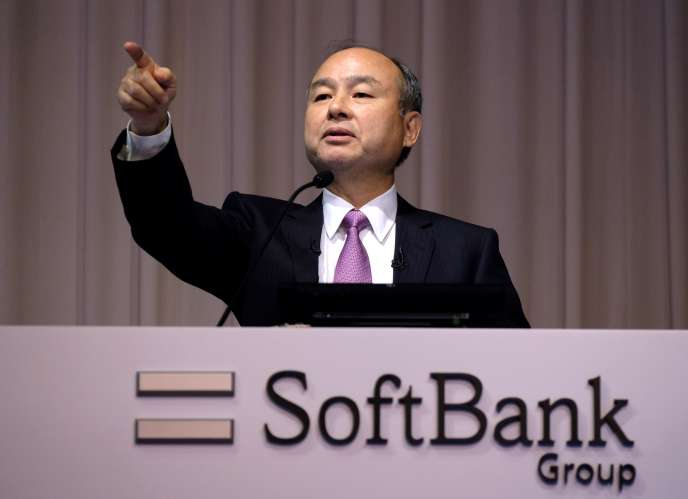 Masayoshi Son, le fondateur de Softbank, lors d'une conférence de presse, le 6 novembre à Tokyo.