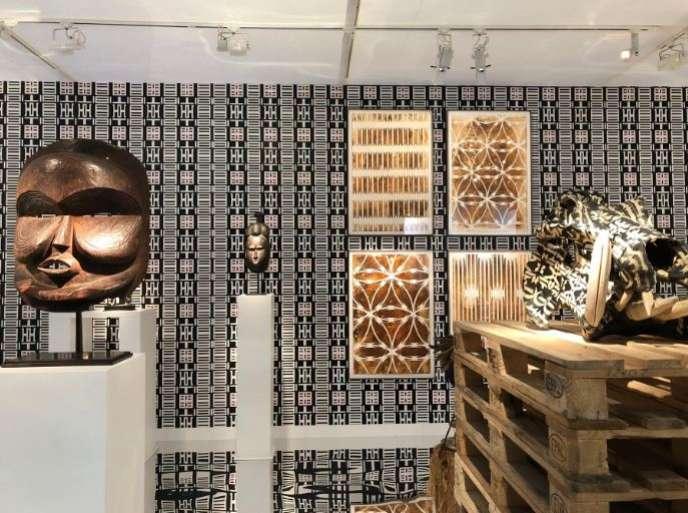 Le stand de la galerie Didier Claes à la foire AKAA en 2018.