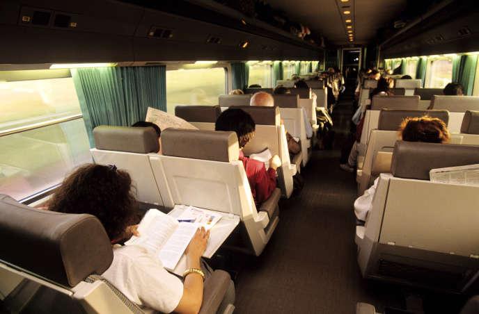 «Les organisateurs devraient imposer aux participants européens à la COP25 deprendre le train pour aller Madrid.»