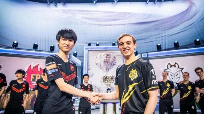 Caps (à droite), leader des G2 Esports, part favori face à Doinb de FunPlux Phoenix, une équipe chinoise sans référence au niveau international, mais sans complexe.