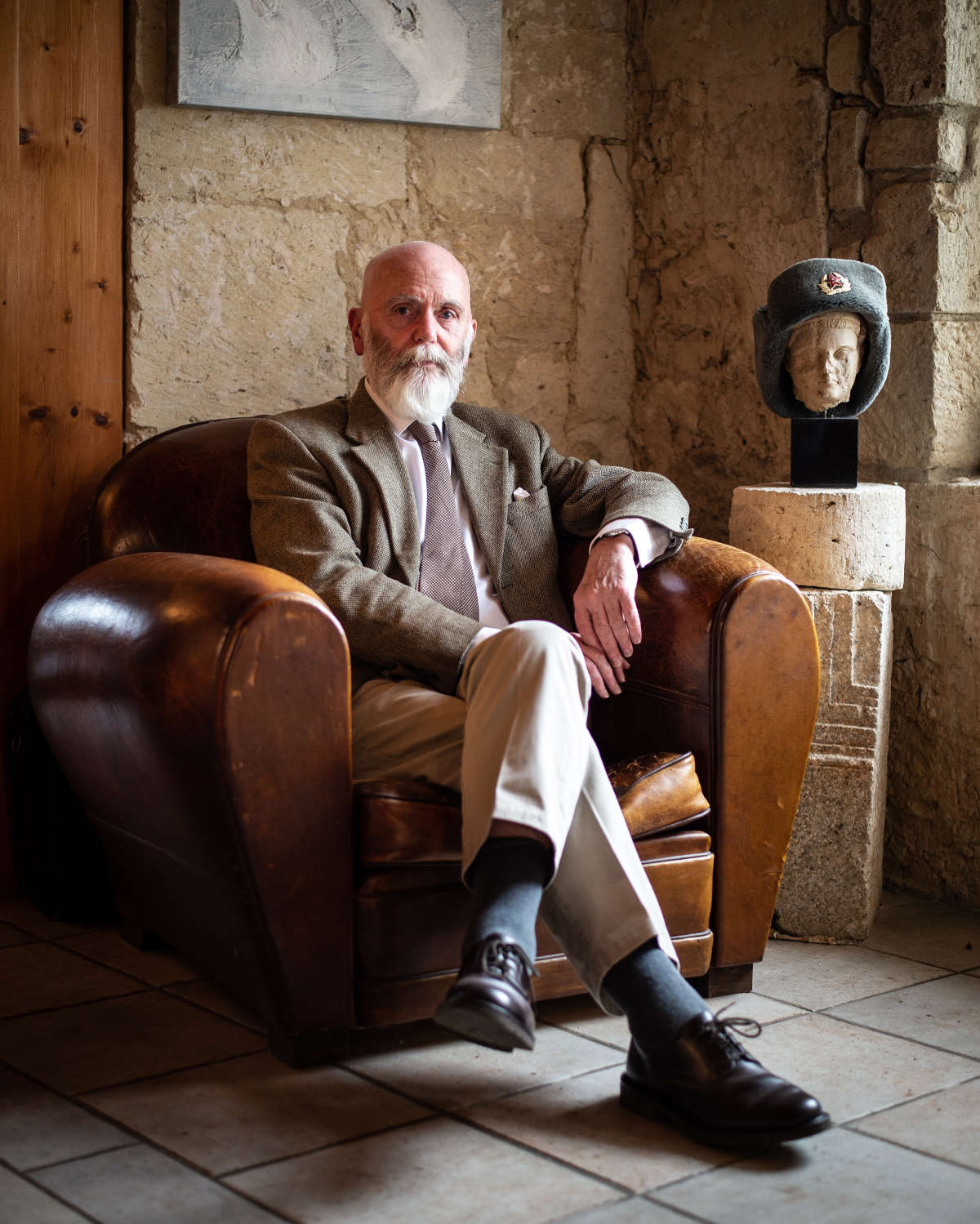 Renaud Camus tại nhà riêng trong lâu đài Plieux, ngày 14 tháng 10 năm 2019. Ảnh: Ulrich Lebeuf / Myop cho Le Monde
