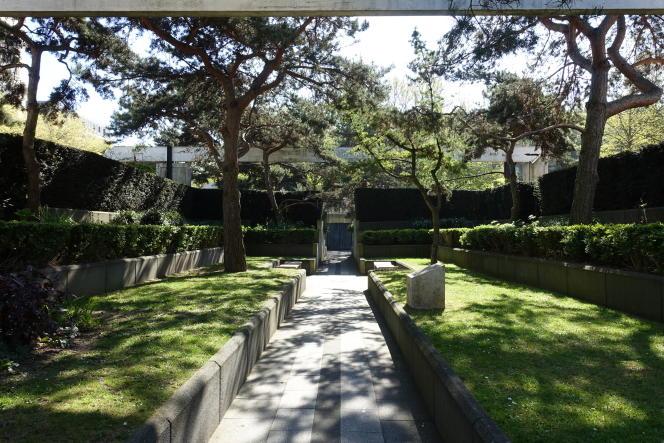 Le jardin Eugénie-Djendi, à Paris.