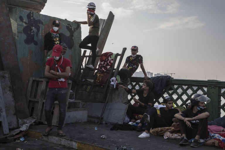 Baghdad, Irak, le 7/11/2019   Les manifestants occupent à présent un troisième pont, al-Ahrar (