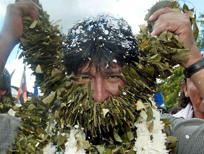 Evo Morales le 28 décembre 2005, après sa première victoire à l'élection présidentielle.