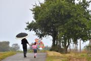 Sur le chemin de l'école, à Vertou (Loire-Atlantique), en septembre 2017.