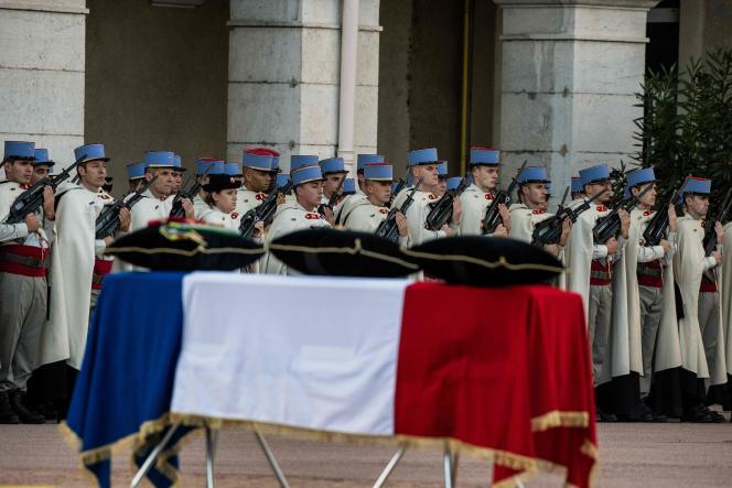 Hommage militaire au brigadier Ronan Pointeau, tué au Mali en opération extérieure, le 6 novembre à Valence.