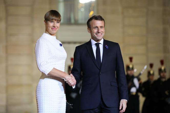 La présidente estonienne,Kersti Kaljulaid, accueillie à l'Elysée par Emmanuel Macron, le 11novembre.