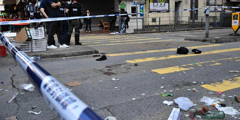 Tại Hồng Kông, cảnh sát nổ súng vào người biểu tình, bị thương