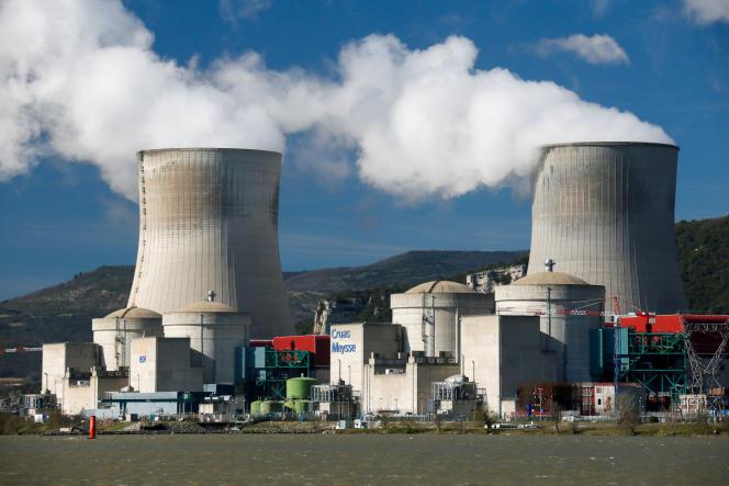 La centrale nucléaire de Cruas-Meysse, au bord du Rhône, à Cruas (Ardèche).