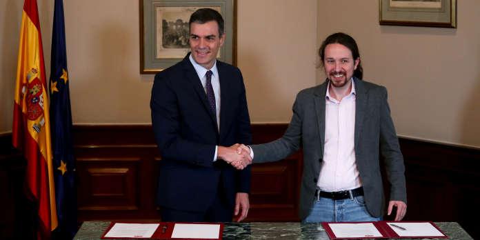 Vers un fragile gouvernement de coalition entre les socialistes et Podemos en Espagne