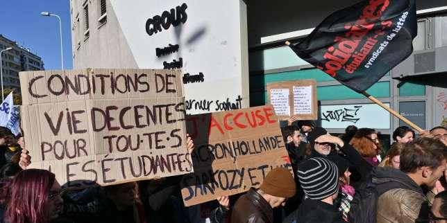 https://www.lemonde.fr/societe/article/2019/11/12/immolation-d-un-etudiant-a-lyon-une-journee-d-emotion-et-d-actions-pour-denoncer-la-precarite-etudiante_6018911_3224.html