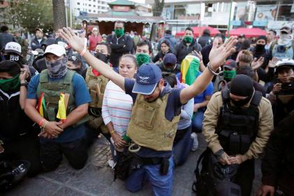 Des membres du groupe« Cochala», supporters de l'ancien président Morales, rassemblés le 11 novembre àCochabamba.