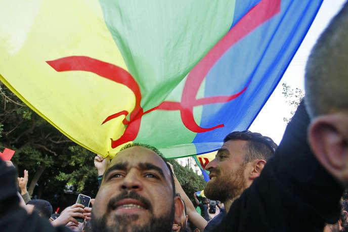 Manifestation antigouvernementale à Alger, le 1er novembre 2019.