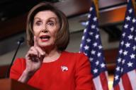 La chef des démocrates au Congrès américain Nancy Pelosi lors d'une conférence de presse à Washington, le 14 novembre.