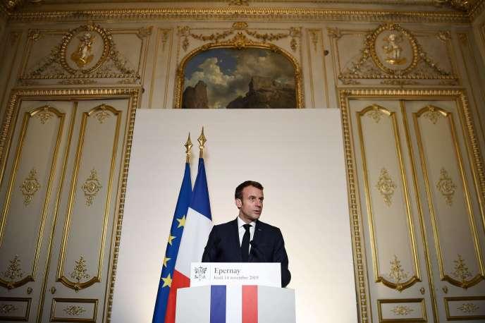 Le président de la République, Emmanuel Macron, lors de son discours à Epernay, le 14novembre.