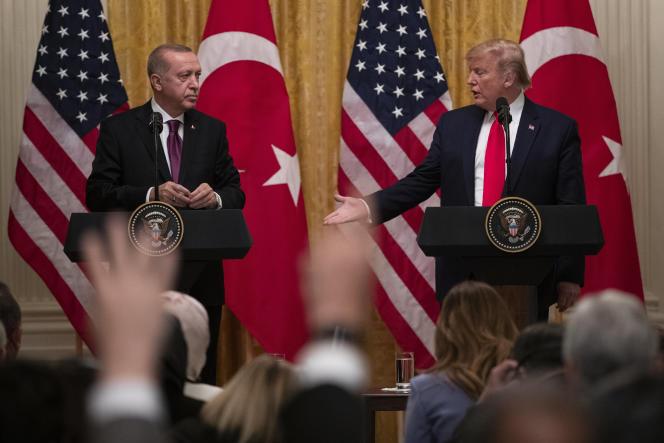 Recep Tayyip Erdogan reçu par Donald Trump à la Maison Blanche à Washington, le 13 novembre.