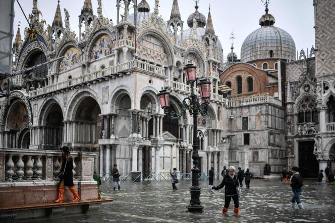 La place Saint-Marc à Venise, le 13 novembre.
