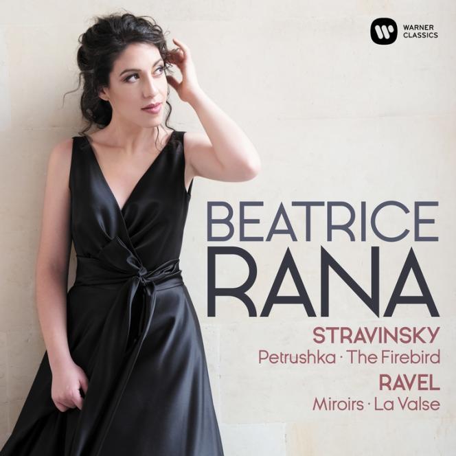 Pochette de l'album«Miroirs, La Valse, de Ravel. L'Oiseau de feu (arrangement Agosti), Trois mouvements de Petrouchka, deStravinski», par la pianiste Beatrice Rana.