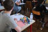 Des lycéens sans établissement attaquent l'éducation nationale
