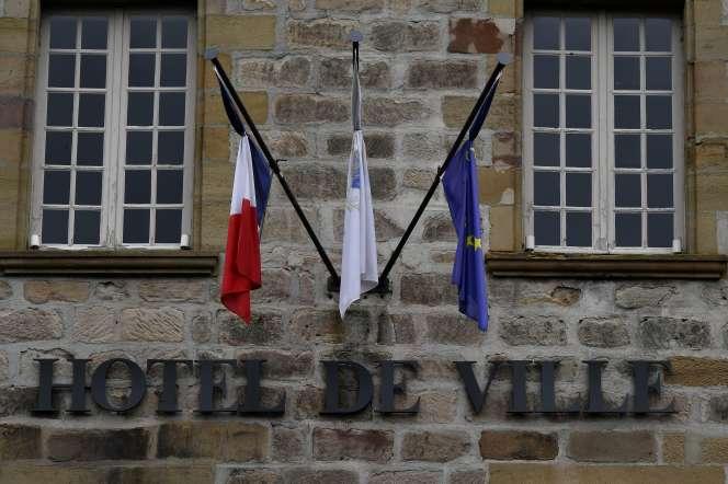 La mairie de Brive-la-Gaillarde, le 30 septembre.