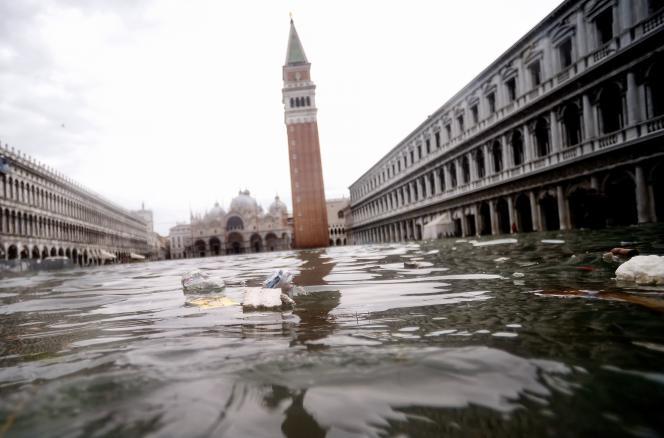 La place Saint-Marc inondée, le 15 novembre 2019 à Venise.