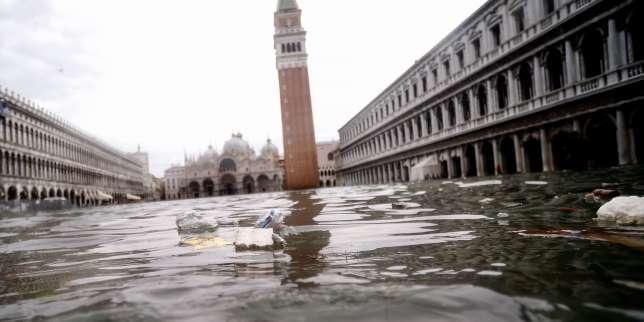 Venise connaît un nouveau pic de marée haute