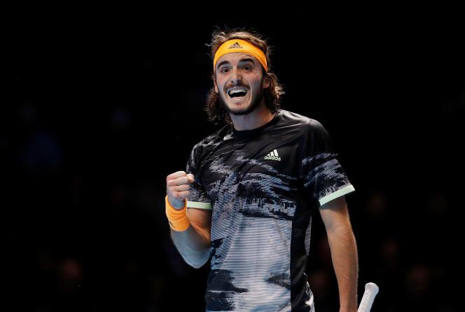 Stefanos Tsitsipas, samedi 16 novembre lors de son match contre Roger Federer.