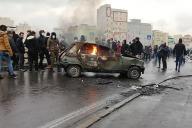 Manifestation contre l'augmentation du prix de l'essence à Téhéran, le 16novembre.