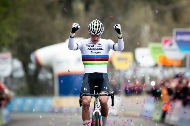 Mathieu Van Der Poel a remporté deux cyclo-cross ce week-end, samedi et dimanche.